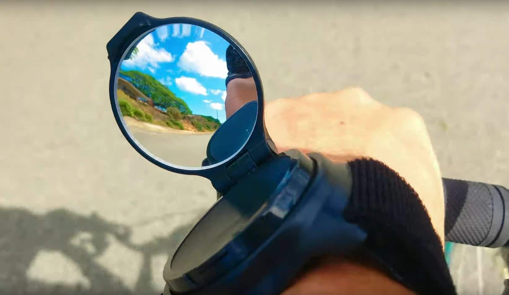 Best Wrist Rear View Mirror for Cyclists Reviews & Buying Guide [2020/2021]