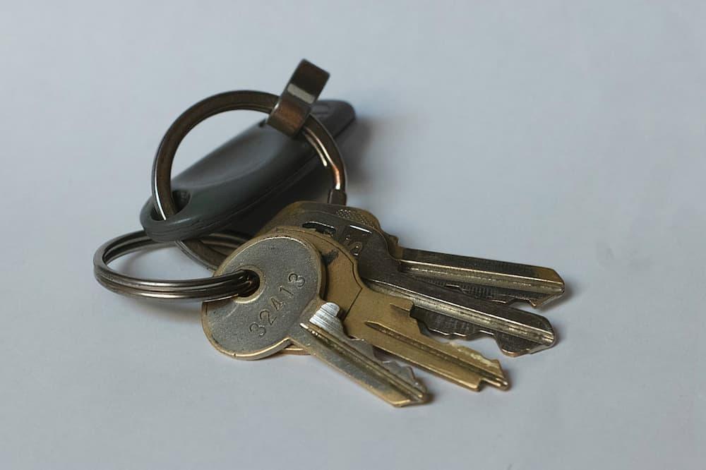 Where To Put Keys While Biking