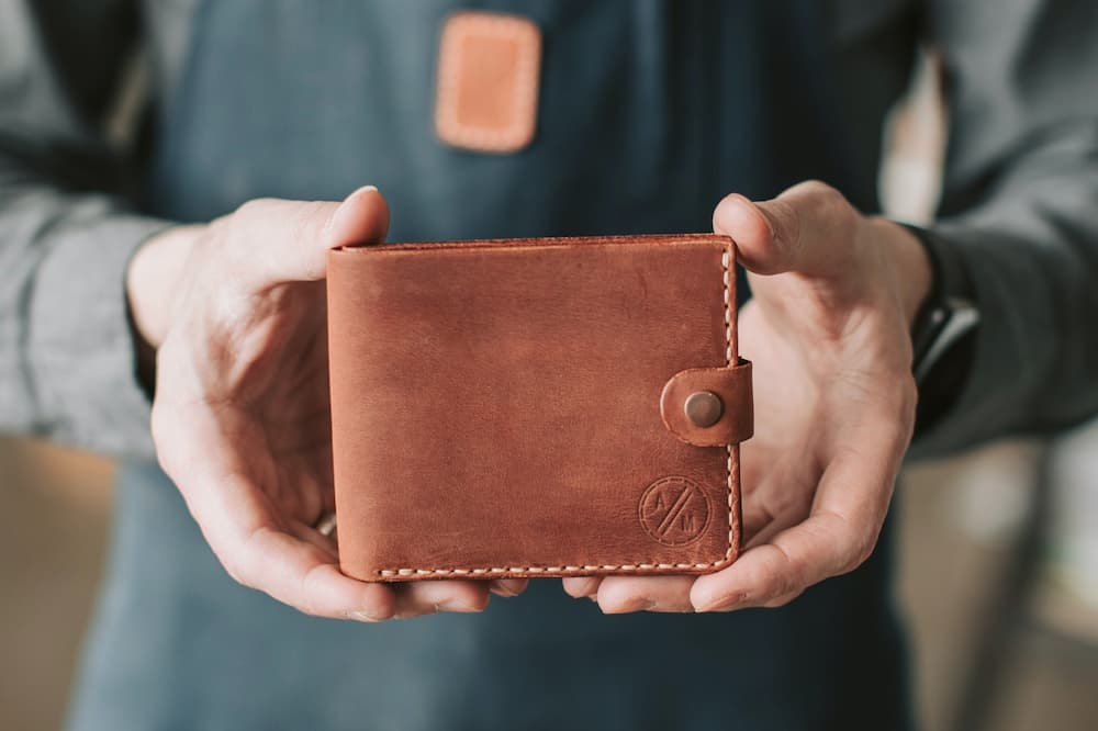 Read more about the article How To Carry Wallet on Bike?